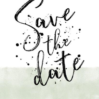 Save-the-Date-Karte Hochzeit mit Foto und schwarzen Punkten 2