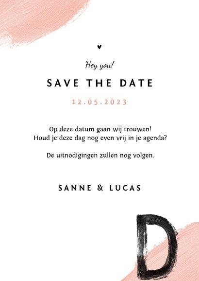 Save the date trouwkaart verf zwart roze foto 3
