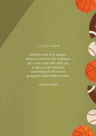 Sportieve vaderdagkaart met ballen groen sportveld en tekst 3