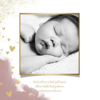 Stijlvol geboortekaartje met waterverf, hartjes en spetters 2