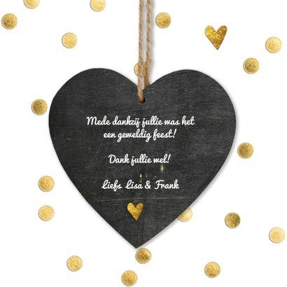 Stijlvol wit bedankkaartje bruiloft met gouden hartjes 3