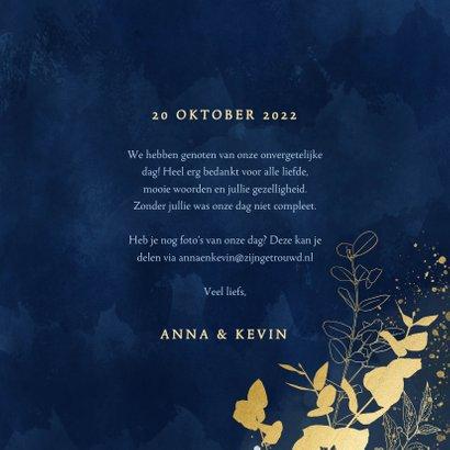 Stijlvolle bedankkaart blauwe waterverf en gouden planten 3
