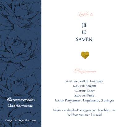 Stijlvolle en originele trouwkaart in navyblue en rozen 2