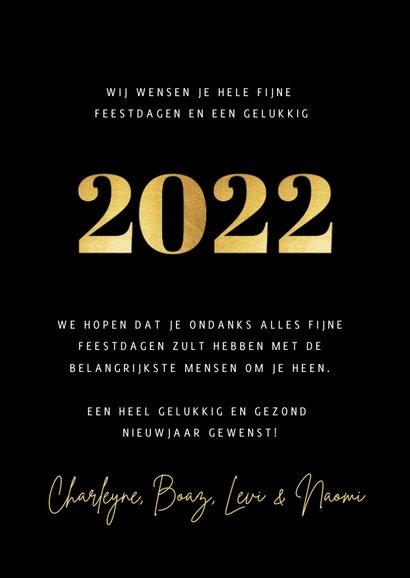 Stijlvolle fotocollage kertskaart met foto's en gouden 2022 3