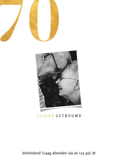 Stijlvolle jubileumkaart met gouden cijfers en grote foto 2