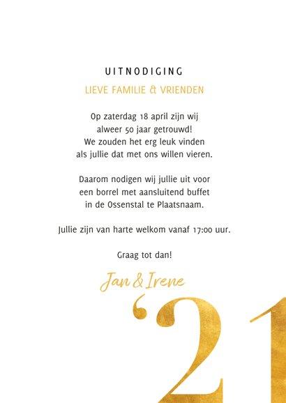 Stijlvolle jubileumkaart met gouden cijfers en grote foto 3