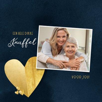 Stijlvolle kerstkaart kerstknuffel hart van goud donkerblauw 2