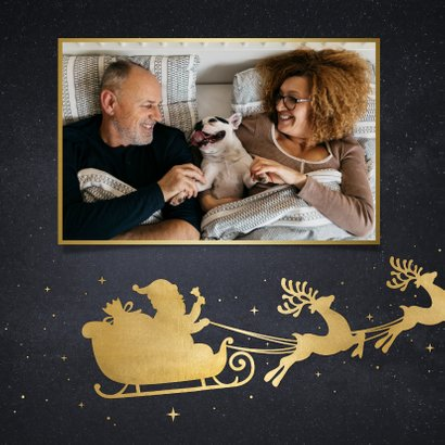 Stijlvolle kerstkaart met silhouet van kerstman in arrenslee 2