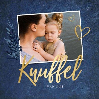 Stijlvolle moederdagkaart met gouden knuffel hart 2