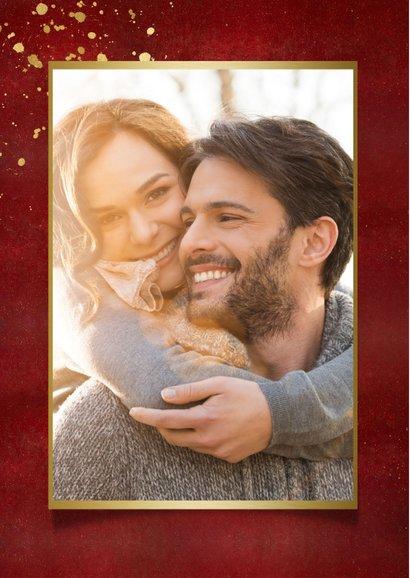 Stijlvolle rode nieuwjaarskaart met eigen foto en goud 2