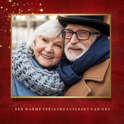 Stijlvolle rode verjaardagskaart met gouden leeftijd 60 2