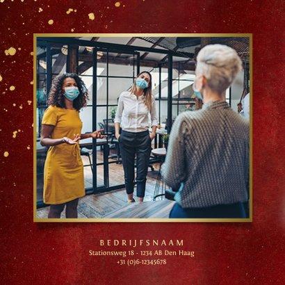 Stijlvolle rode zakelijke kerstkaart Best Wishes met foto's 2