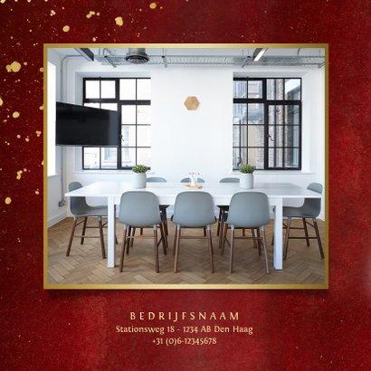 Stijlvolle rode zakelijke nieuwjaarskaart met 2 foto's 2