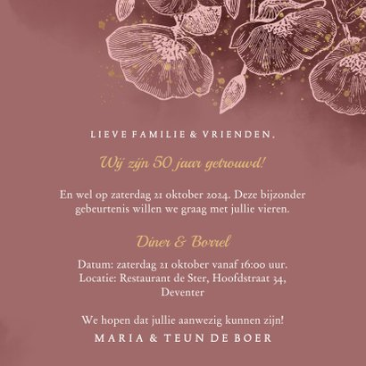 Stijlvolle uitnodiging jubileum bloemen, foto en typografie 3