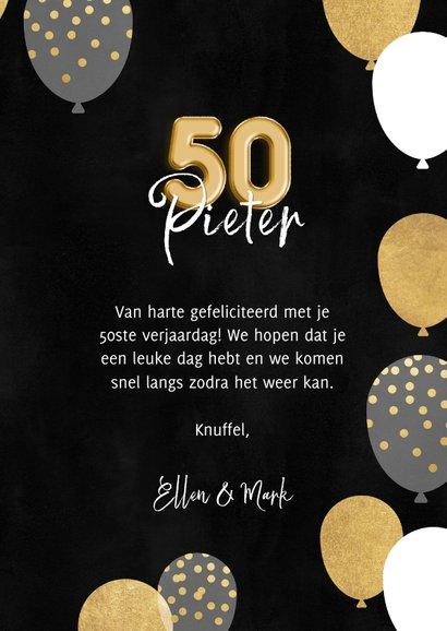 Stijlvolle verjaardagskaart man ballonnen, confetti en 50 3