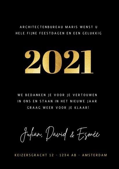 Stijlvolle zakelijke fotocollage kerstkaart met gouden 2021 3