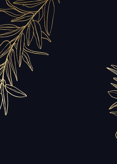 Stijlvolle zakelijke kerstkaart met gouden takken en foto Achterkant