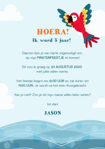 Stoere uitnodiging kinderfeestje met piraten aap en papegaai 3