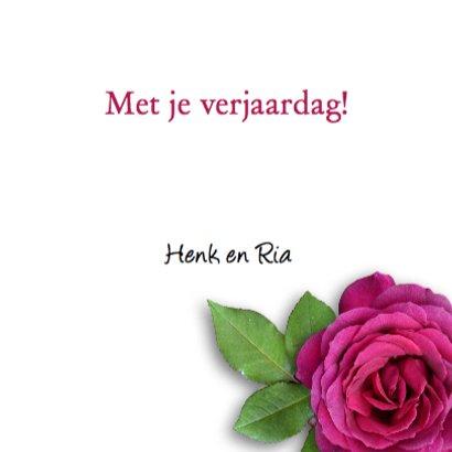 Stoere verjaardagskaart met rode rozen op zwart hout 3
