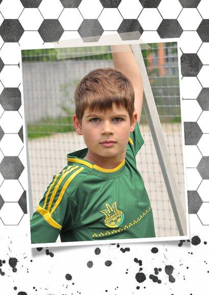 Stoere voetbal communiekaart met eigen foto 2