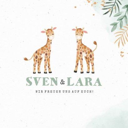 Taufeinladung Zwillinge mit zwei niedlichen Giraffen 3