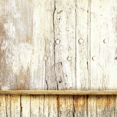 Trendy uitnodiging wegwijzer hout Achterkant