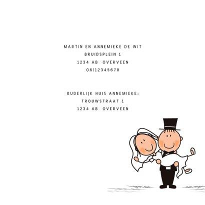 Trouwkaart bruidspaar in trouwauto 2