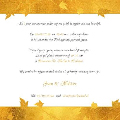 Trouwkaart gouden band en bloemen 3