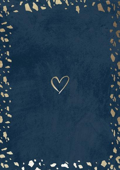 Trouwkaart 'Mr & Mrs' donkerblauw met terrazzo patroon Achterkant