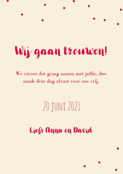 Trouwkaart save the date met een vintage bloemenbos. 3