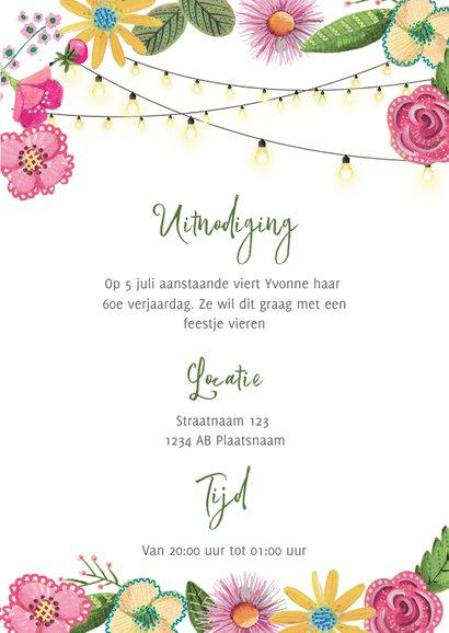 Tuinfeest roze en gele bloemen met lichtjes 3