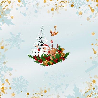 Uitbundige kerstkrans met 2021 in de sneeuw Achterkant