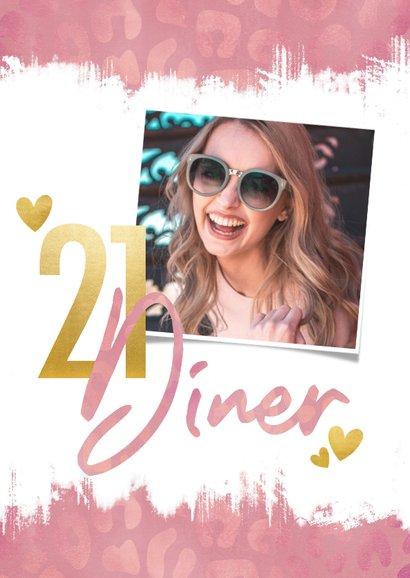 Uitnodiging 21 diner panterprint, verfstrepen en typografie 2