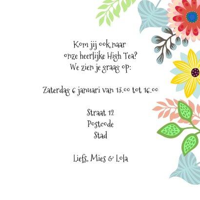 Uitnodiging High Tea met vrolijke kat en bloemen 3