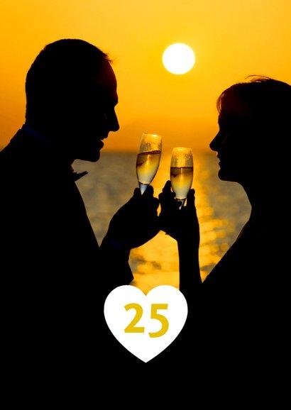 Uitnodiging jubileum champagne en slingers binnen eigen foto 2