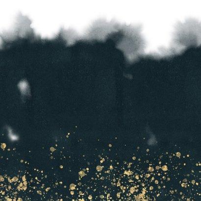 Uitnodiging kerstborrel blauwe waterverf, gouden spetters Achterkant