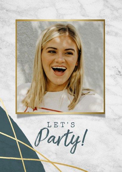 Uitnodiging 'Let's Party' met marmer, verf en gouden lijnen 2
