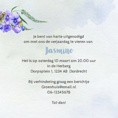 Uitnodiging met krans van viooltjes 3
