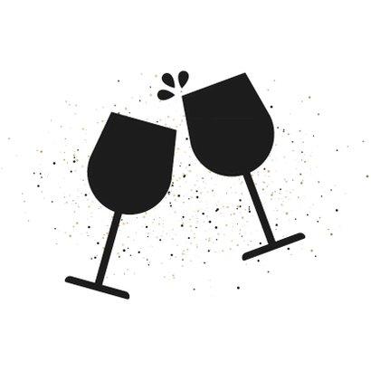 Uitnodiging nieuwjaarsborrel cheers met proostende glazen 2