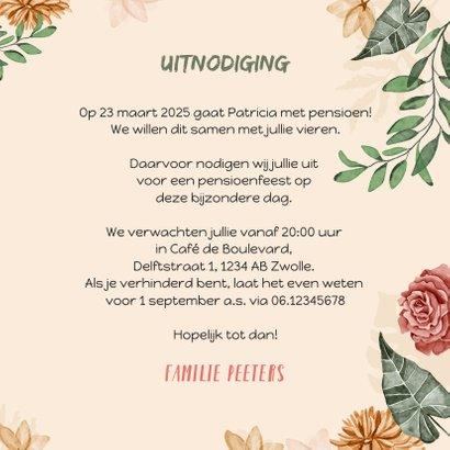 Uitnodiging pensioenfeest wegwijzers hout bloemen 3