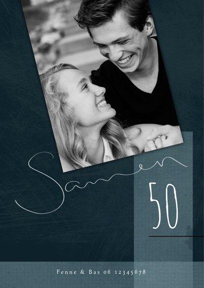 Uitnodiging samen 50, met foto en speelse typografie 2
