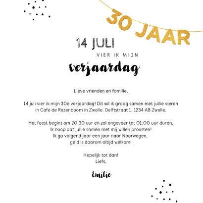 Uitnodiging verjaardag 30 jaar goud met slinger en champagne 3