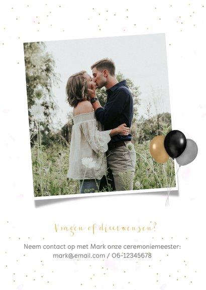 Uitnodigingskaart huwelijk fotocollage 3 foto's en confetti 2