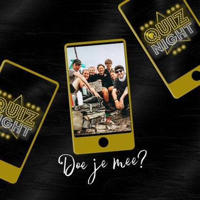 Uitnodigingskaart quiz night mobiel vrienden familie goud 2