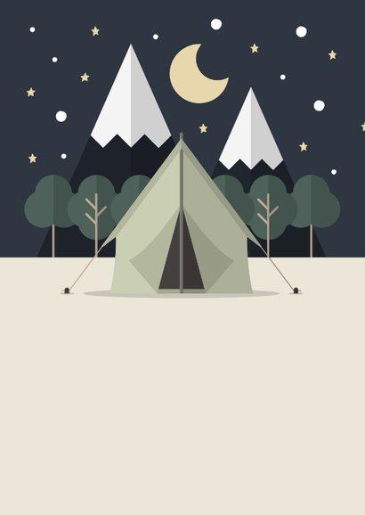 Vakantiekaart 'Veel plezier op kamp' met tent en bos 2