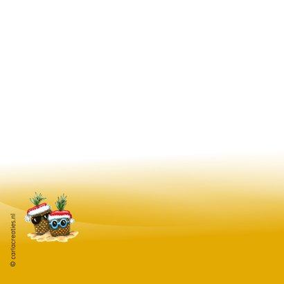 Vakantiekaarten ananassen met kerstmuts 2