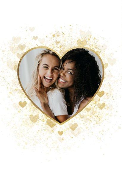 Valentijnskaart dikke kus door de brievenbus gouden hart 2
