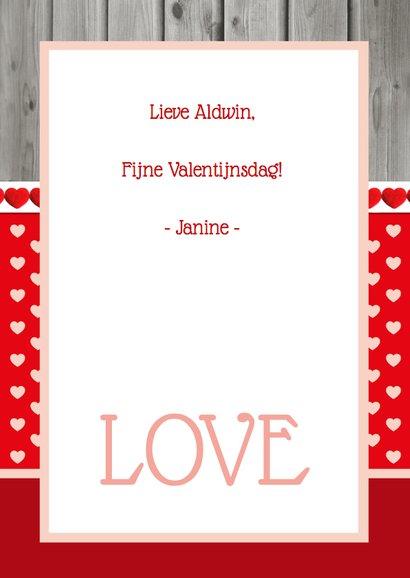 Valentijnskaart Hartjes Staand 3
