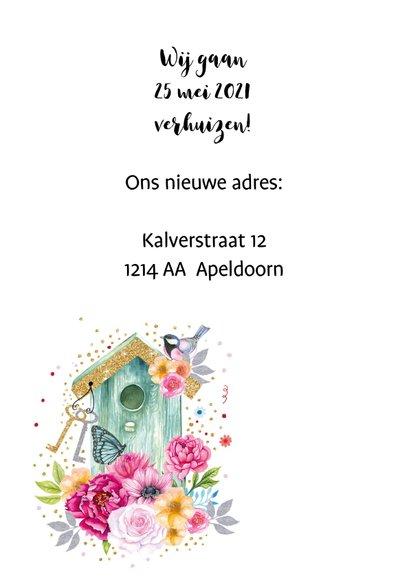 Verhuisd vogelhuis bloemen 2