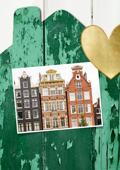Verhuiskaart huis hout met oude groene verf, foto en hartje 2